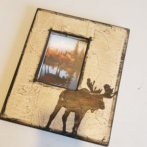 Moose picture frame wall art